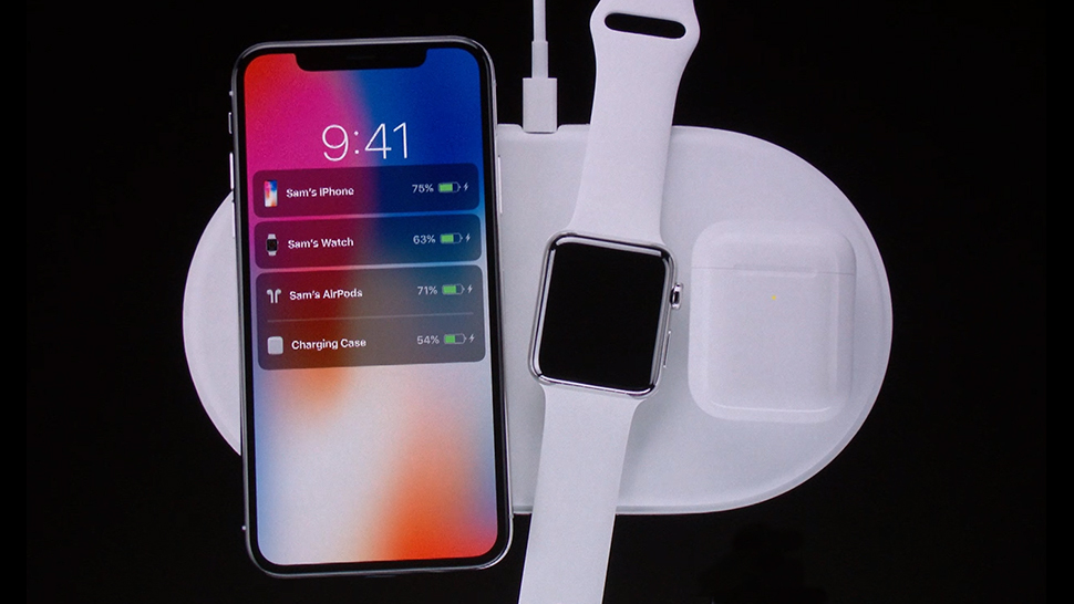 Bežni punjači - Apple iPhone, Apple Watch i Apple AirPods slušalice na bežičnom punjaču