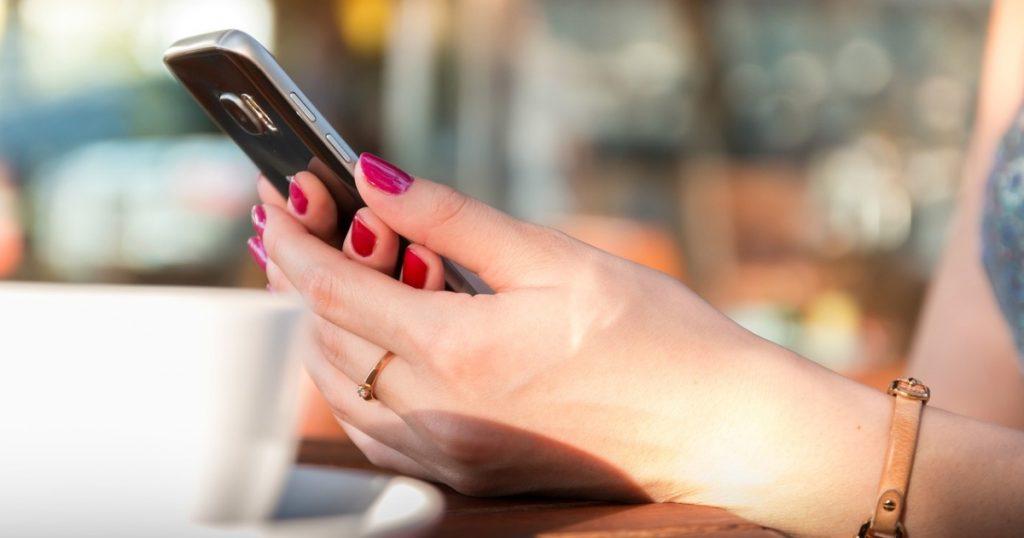 8 produktivnih načina da ubijete vreme uz mobilni telefon